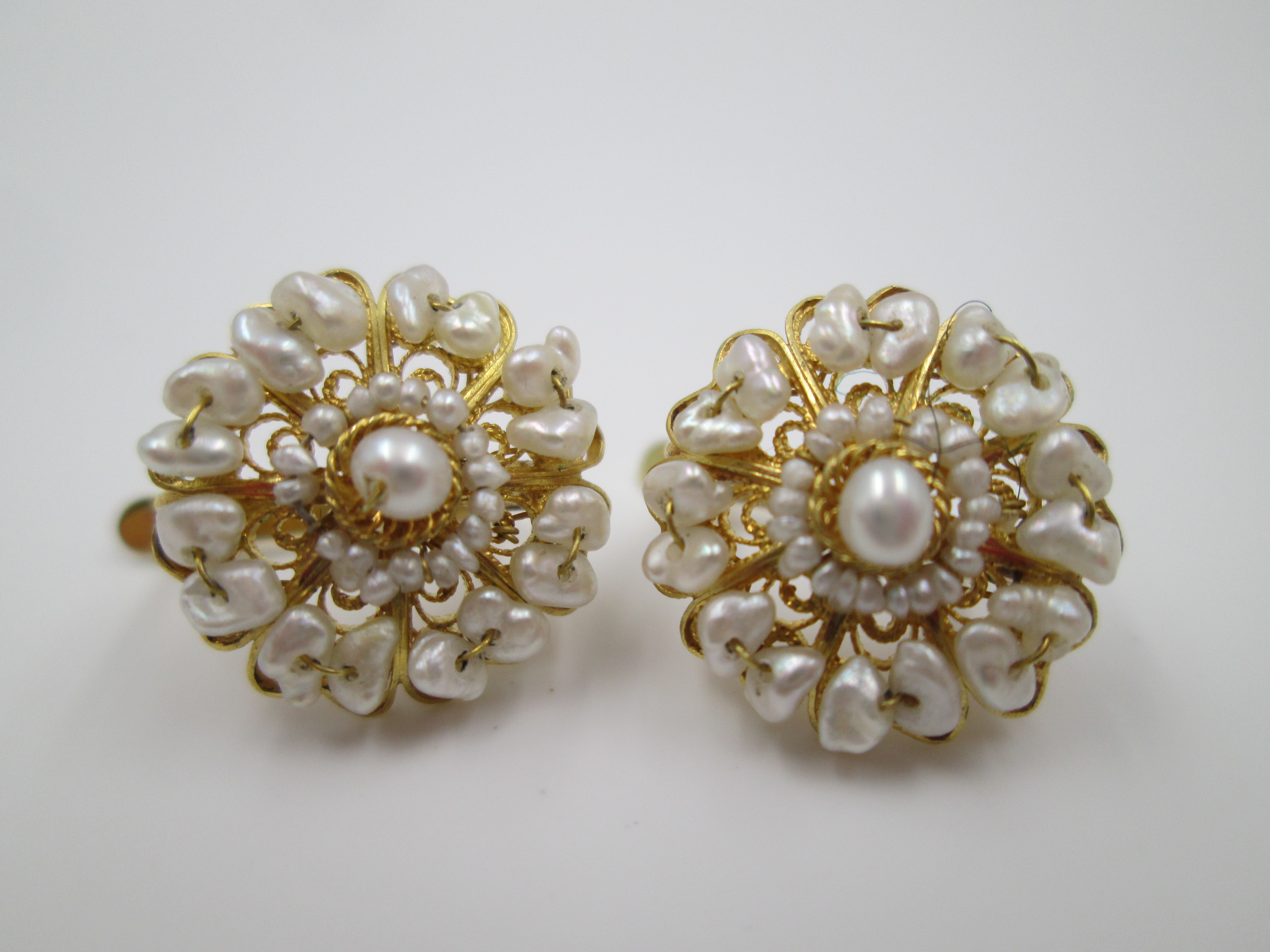 womens earrings 18 karat yellow gold and seed pearls 1980